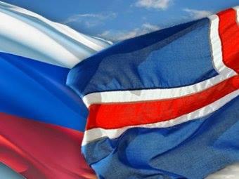Флаги России и Исландии