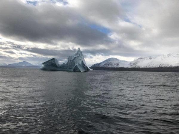 iceberg-eyjafjordur