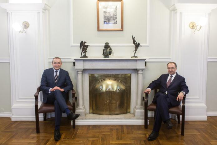 Ректор Санкт-Петербургского университета Николай Кропачев и президент Исландии Гудни Торласиус Йоханнессон