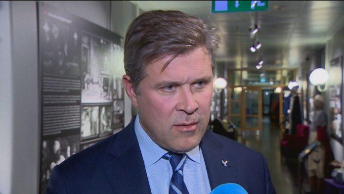 Министр финансов и экономики Исландии Бьяртни Бенедиктссон (Bjarni Benediktsson) // Источник: RÚV (Bragi Valgeirsson)