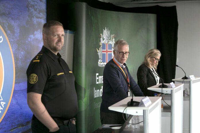 Rögnvaldur Ólafsson, Þórólfur Guðnason, Alma Möller