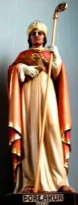 Статуя Св.Торлока в Ландакоткиркье