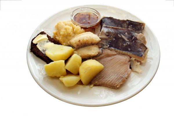 Традиционное блюдо из ската. Фото автора
