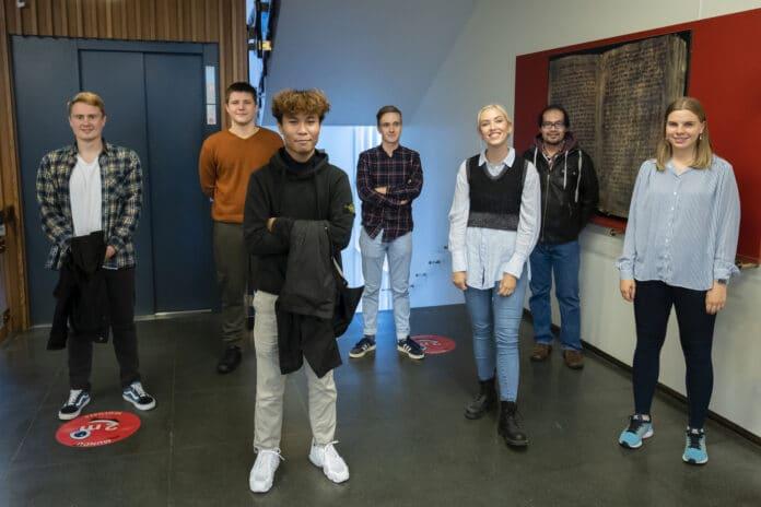 В настоящее время в проекте участвуют 10 студентов из столицы. Фото/ Кристинн Ингварссон ©Kristinn Ingvarsson