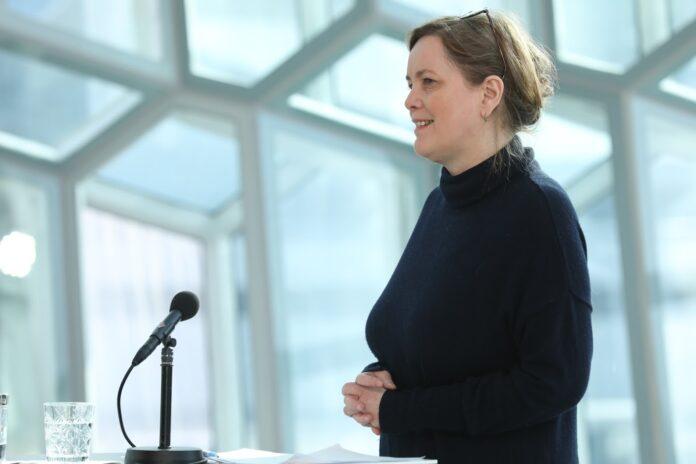 Свандис Сваварсдоттир (Svandís Svavarsdóttir), министр здравоохранения Исландии. (Svandís Svavarsdóttir)